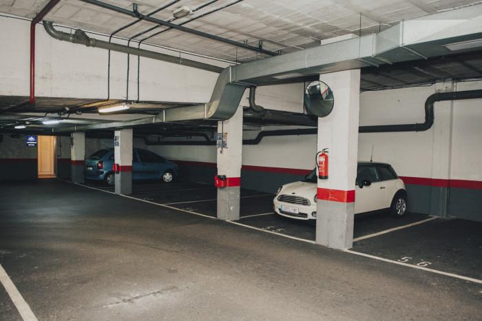 Garage Hotel Carreño