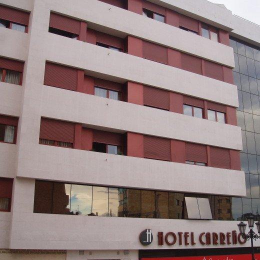 Fachada del Hotel Carreño