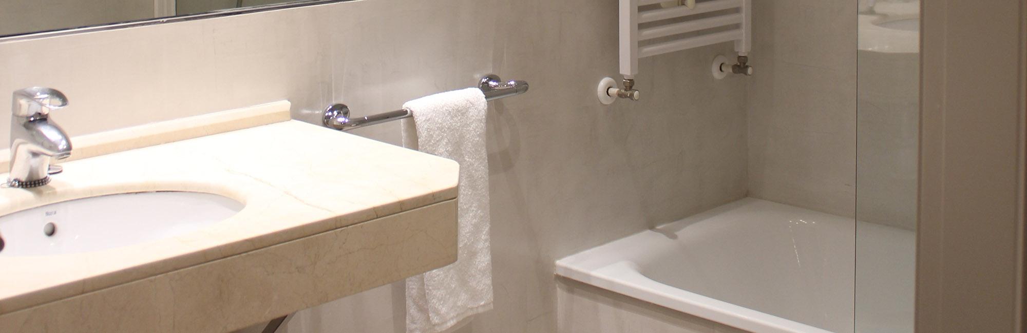 Baño Suite Hotel Carreño